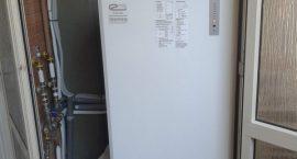 Pompa di calore per impianto aerotermico in appartamento.