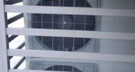 Impianti aerotermici Roma - Pompa di calore unità esterna per impianto aerotermico di riscaldamento, raffrescamento e acqua calda in villa