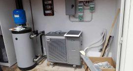 impianto aerotermico per riscaldamento, raffrescamento e acqua calda pompa di calore per villa