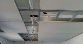 Soffitto radiante per impianto aerotermico.