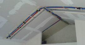 Soffitto radiante con impianto geotermico per casale ristrutturato.
